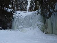 Hilton Falls - frozen